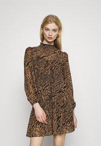 Forever New - ALISON SHIRRED NECK SKATER DRESS - Day dress - brown - 0