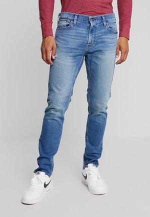 Slim fit jeans - bright medium