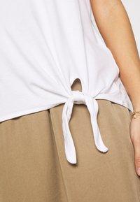s.Oliver - KURZARM - Basic T-shirt - white - 4
