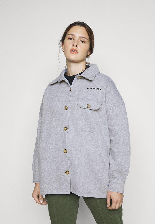 PLUS SIZE SOFT BUTTON SHACKET - Košile - grey marl
