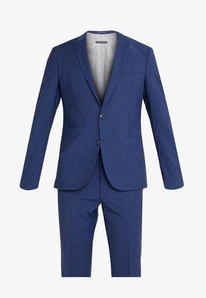 OIRVING - Completo - blue