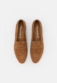 Tamaris - Nazouvací boty - cognac - 5