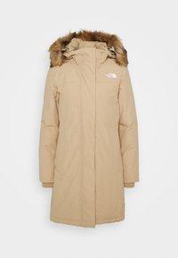 W ARCTIC PARKA - Kabát zprachového peří - hawthorne khaki