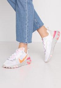 Nike Sportswear - Sneakers - white/hyper crimson/digital pink/pink foam/light bone - 0