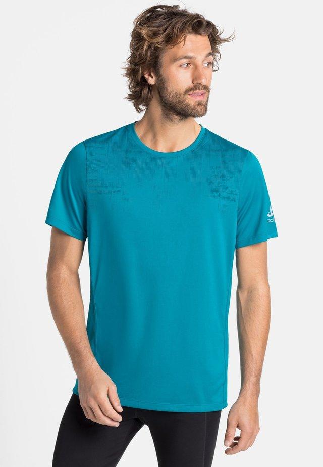 Basic T-shirt - tumultuous sea - graphic fw20 (20734)
