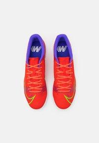 Nike Performance - MERCURIAL VAPOR 14 ACADEMY IC - Indoor football boots - bright crimson/metallic silver - 3