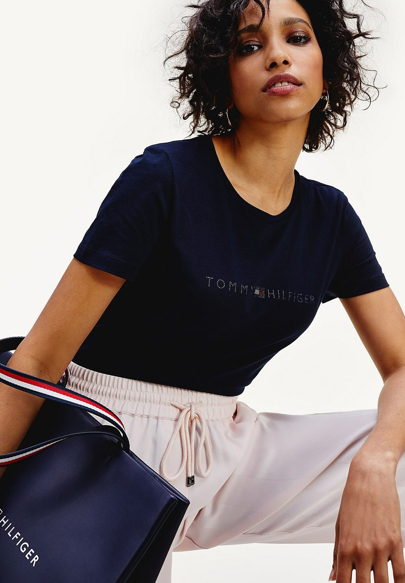 Tommy Hilfiger - TIARA - Print T-shirt - desert sky