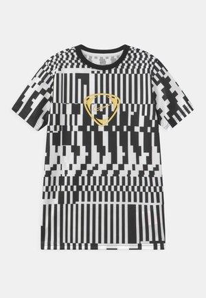 DRY UNISEX - Print T-shirt - white/black/saturn gold