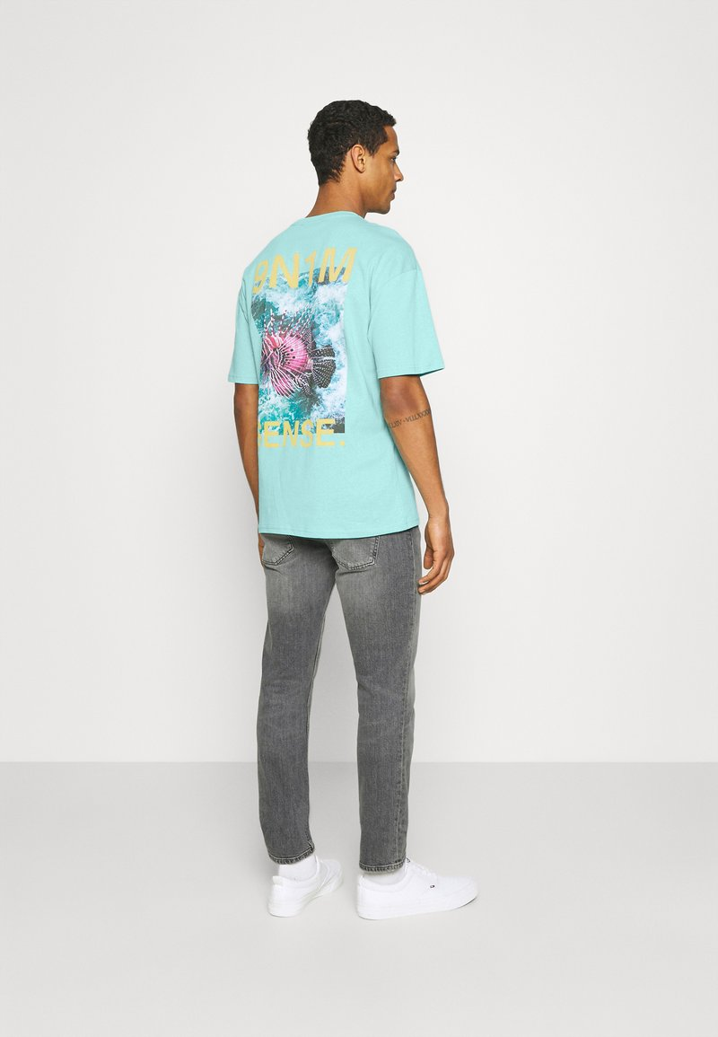 9N1M SENSE - PUFFER FISH - Print T-shirt - aruba blue
