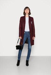 Liu Jo Jeans - CAPPOTTO JASMINUM - Classic coat - charm red - 1