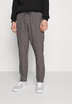 HANSI SPORT PANT - Trousers - grey