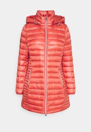 ESSENTIAL COAT - Płaszcz puchowy - antique pink