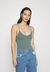 BDG Urban Outfitters - BUNGEE STRAP THONG - Top - stormy sea - 0