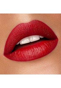 KIKO Milano - GREEN ME MATTE LIPSTICK - Lipstick - 105 classic red - 2