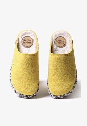 MIRI-FP - Slippers - groc