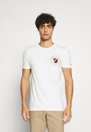 CREST CHEST TEE - T-shirt con stampa - white