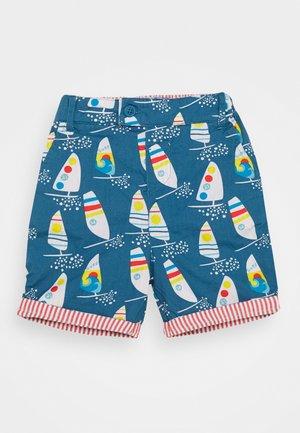 REUBEN REVERSIBLE DINOSAUR BABY - Shorts - steely blue