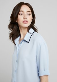 KIOMI TALL - Button-down blouse - kentucky blue - 4