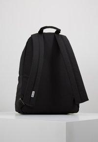 Timberland - NEW CLASSIC BACKPACK - Reppu - black - 2