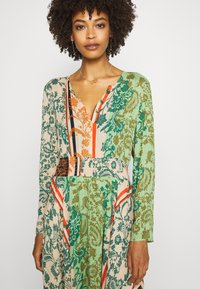 Desigual - WOMAN DRESS - Maxi-jurk - viejo cactus - 3