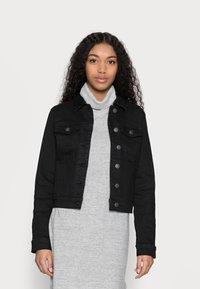 Vero Moda Petite - VMHOT SOYA JACKET - Denim jacket - black - 0