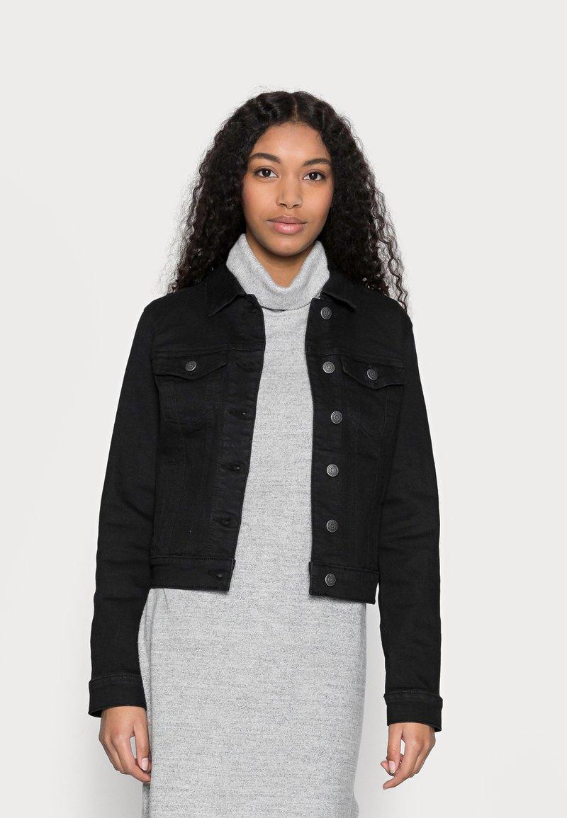 Vero Moda Petite - VMHOT SOYA JACKET - Denim jacket - black