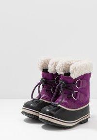 Sorel - YOOT PAC - Zimní obuv - wild iris/dark plum - 3