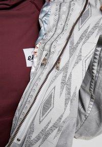 Rojo - ASHTON JACKET - Giacca da snowboard - glacier grey - 7