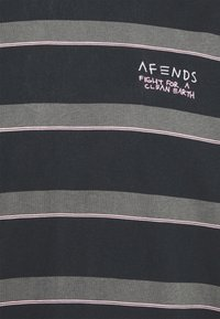 Afends - FIGHT STRIPE RETRO FIT TEE UNISEX - Print T-shirt - black - 2