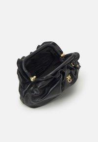 Pinko - MINI CHAIN FRAIMED CHAIN - Handbag - black - 4