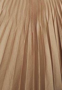 Selected Femme Tall - SLFHARMONY PLEATED SKIRT - A-line skirt - tigers eye - 2