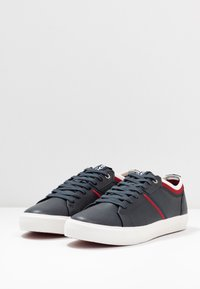 Levi's® - WOODWARD COLLEGE - Trainers - navy blue - 2