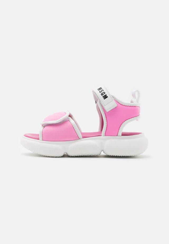 Sandalen - light pink