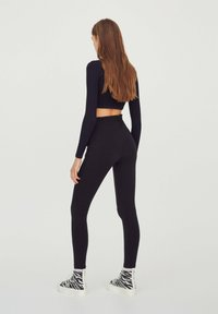 PULL&BEAR - Tracksuit bottoms - black - 2