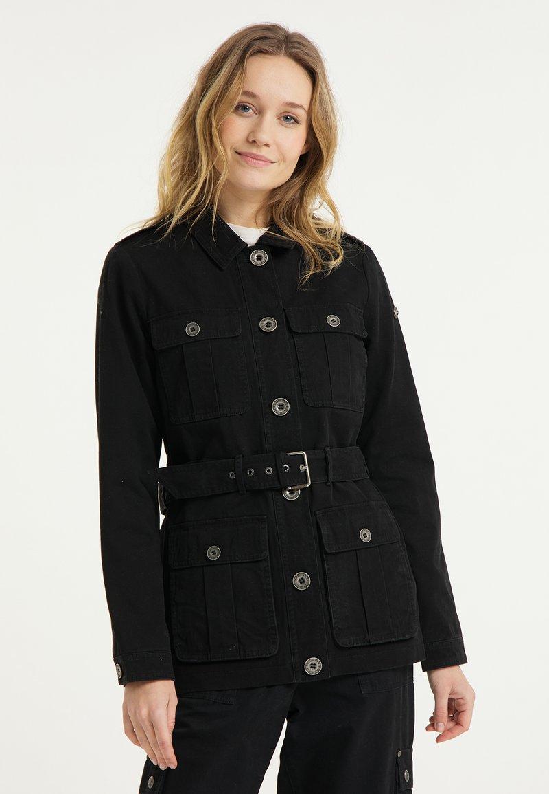 DreiMaster - Short coat - schwarz