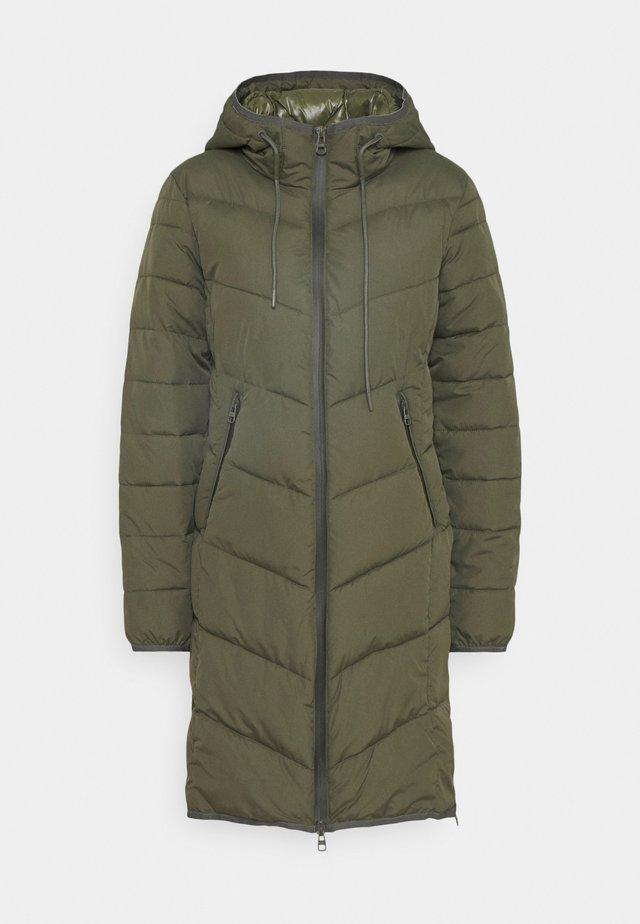 Zimní kabát - khaki green