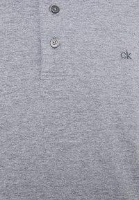 Calvin Klein Golf - NEWPORT - Treningsskjorter - silver - 2