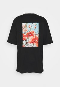 Sixth June - OVERSIZED TEE WITH FLORAL - Print T-shirt - black - 1