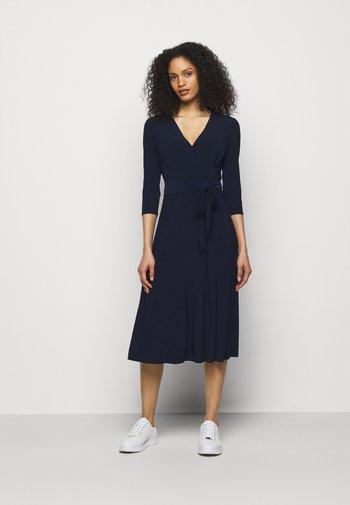 MID WEIGHT DRESS - Jersey dress - lighthouse navy
