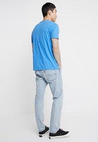 Levi's® - 501® SLIM TAPER - Zúžené džíny - thistle subtle - 2
