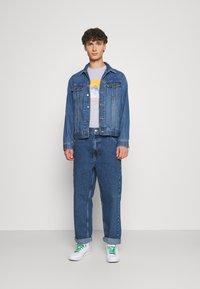 BDG Urban Outfitters - CARPENTER - Straight leg -farkut - dark vintage - 1