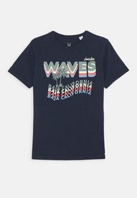 Jack & Jones Junior - JORAIDENS TEE CREW NECK - Print T-shirt - navy blazer - 0