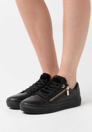 CASUAL WARMLINED  - Sneakers laag - black