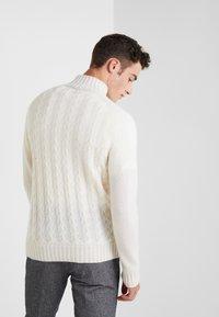 FTC Cashmere - Pullover - pristine white - 2