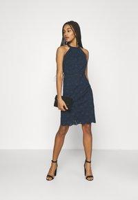 Vila - VIEMMIE HALTERNECK DRESS - Koktejlové šaty/ šaty na párty - navy blazer - 1