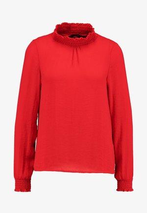 VMDAGNY SMOCK - Bluse - chinese red