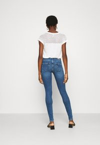 ONLY - ONLBLUSH LIFE - Jeans Skinny Fit - medium blue denim - 2