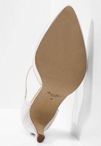 Elsa Coloured Shoes - RAINBOW CLUB  DEWI - Bridal shoes - ivory - 5