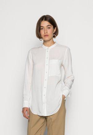 LAVANDAL  WOMAN - Button-down blouse - white