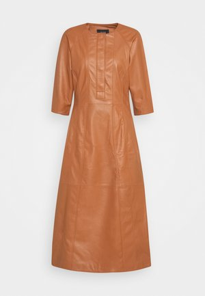 DINA - Day dress - cognac